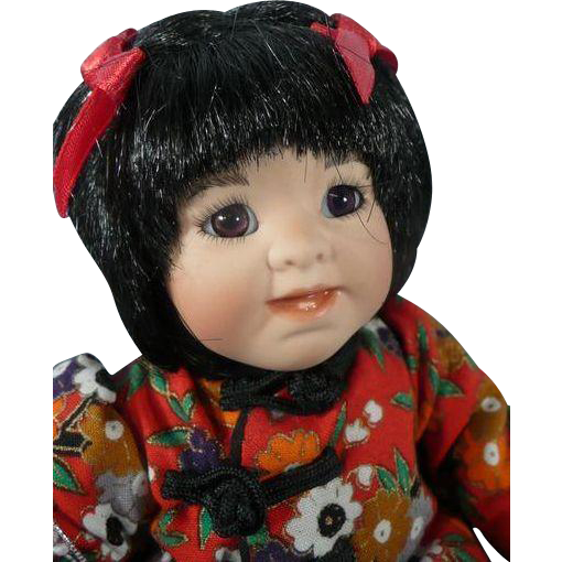 "Porcelain Tiny Tot Collector's Doll 5"" Lily"