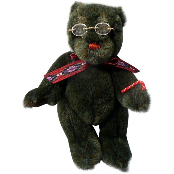 Vintage Gund Collector's Bear