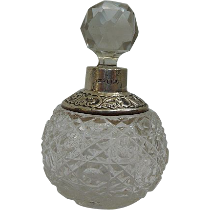 Victorian Spherical Silver Collar Scent / Perfume Bottle