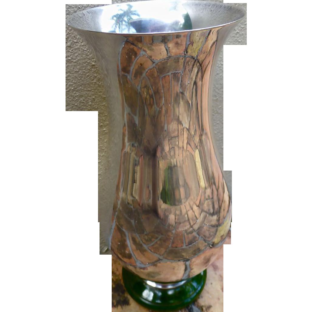 Rare art deco silver plate vase with green bakelite base for Deco francaise