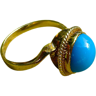 Fine Estate Persian Cabochon Turquoise Gold Ring- 14K