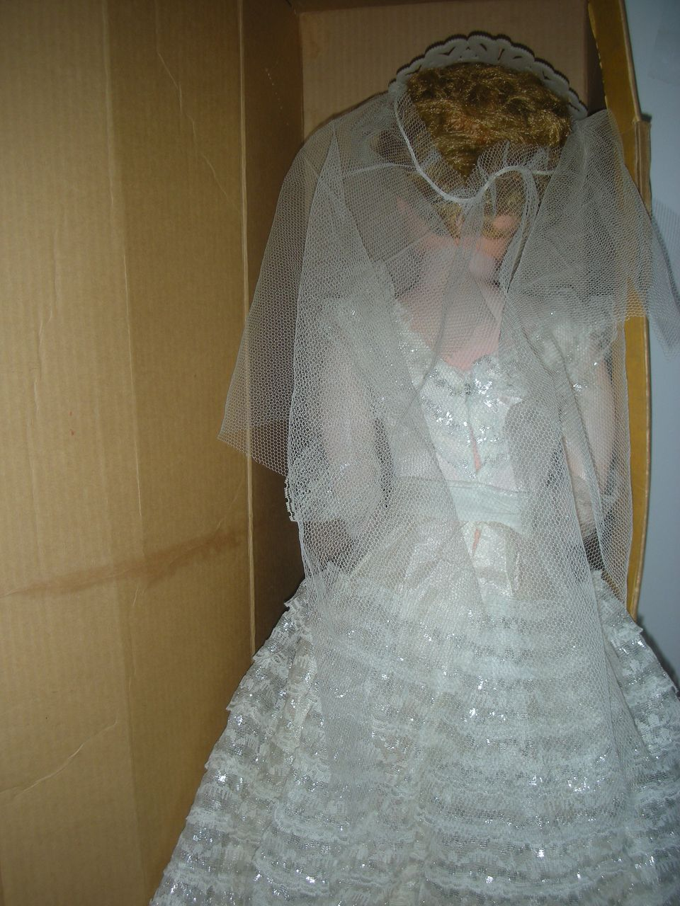 Betty The Beautiful Bride Doll 30 Inch Deluxe Reading