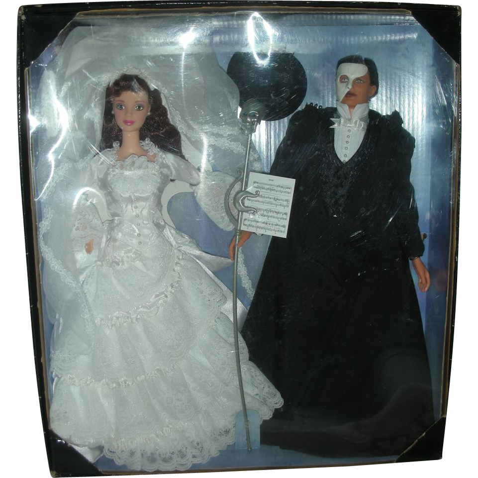 Rare Barbie and Ken The Phantom of the Opera Doll Set FAO Swartz Exclusive