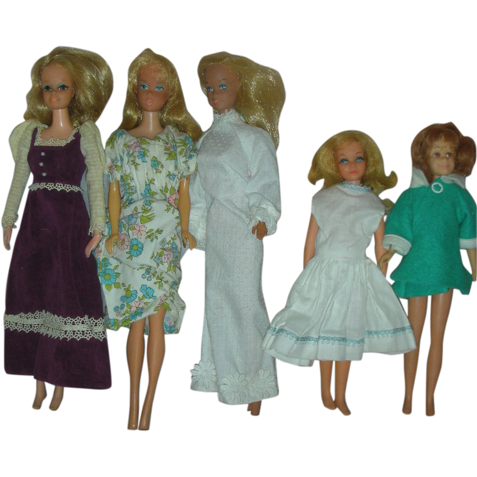 Lot of Vintage Mod Era Barbie and Skipper Dolls