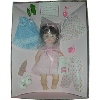 Vintage 1960s Madame Alexander Sweet Tears Drink and Wet Doll with Layette Set NRFB