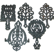 Trivet Cast Iron Eagle Grape Tree Wall Hanging MT-3 4 13 Pennsylvania Dutch Kitchen design