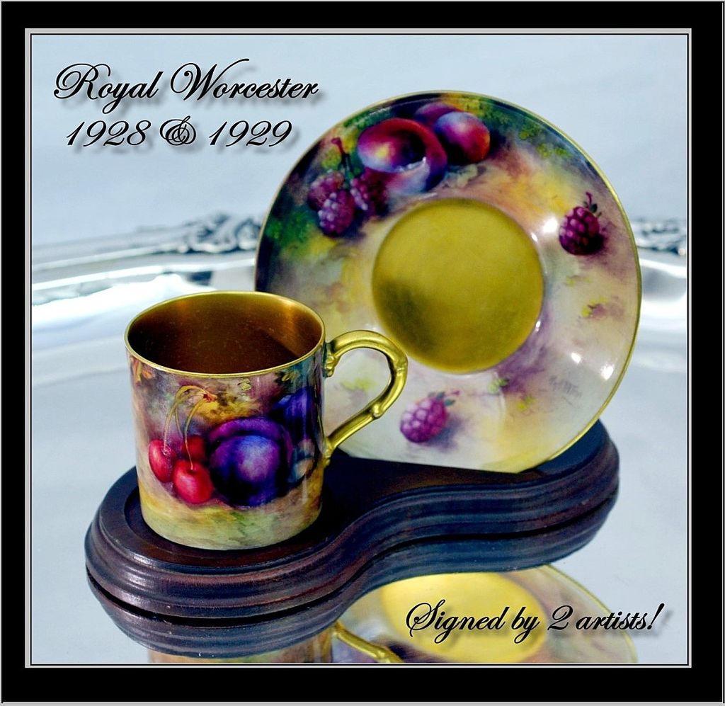 Fine Vintage Royal Worcester Coffee Cup & Saucer HP Fruit Signed