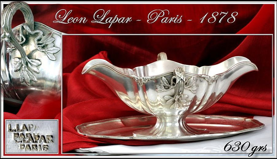 Antique French Sterling Silver sauce Boat & Stand: 630g