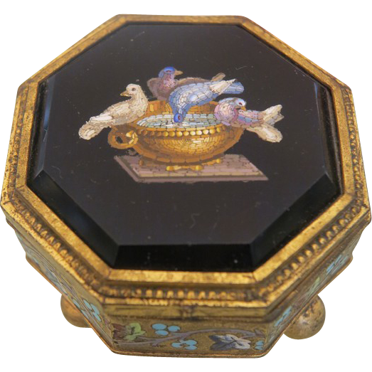 A 19th century Roman Micromosaic enamelled gilt bronze box by Cesare Roccheggiani