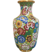"Colorful Cloissoné Vase in ""all over flower"" design , early 20th century"
