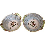 "Pair of Herend porcelain baskets pattern ""Rothschild"", 1st half 19th century"
