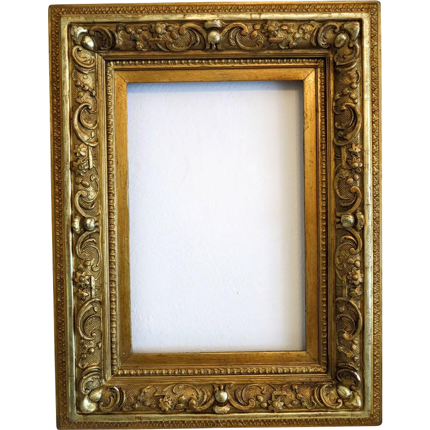 Antique Gilt Wood Frame With Detailed Carving 19th