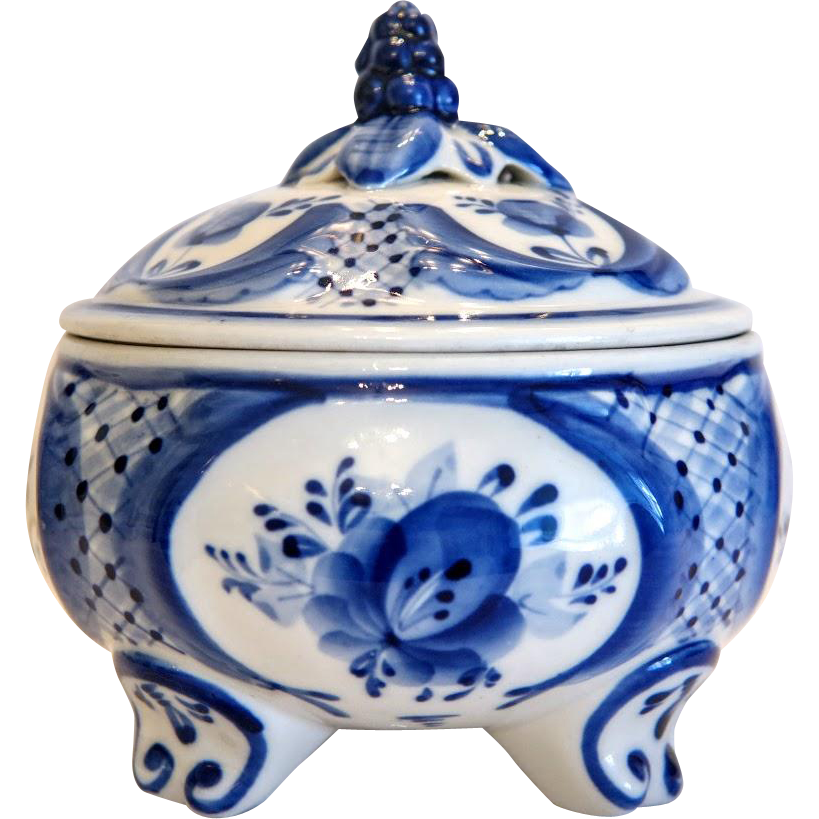 Russian hand painted  porcelain sugar bowl, 20th century