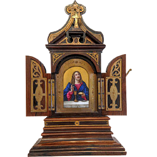 Antique wooden Tryptich with a painting in the center, 19th century