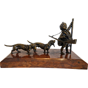 Vienna Bronze figure of a hunter and his dogs by Carl Kauba, early 20th century