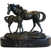 Bronze sculpture of a horse mare and colt, 1st half of 20th century