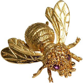 Vintage 14k Gold Figural Bumble Bee Pin, Brooch Ruby Eyes, Figural, 7.6 Grams, FS