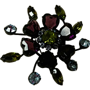 Unsigned Vintage Schreiner Rhinestone Flower Brooch