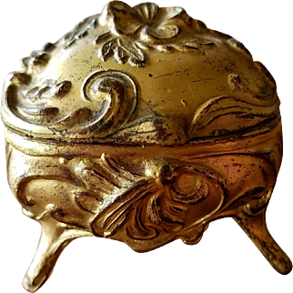 Art Nouveau Small Jewelry Casket for Ring