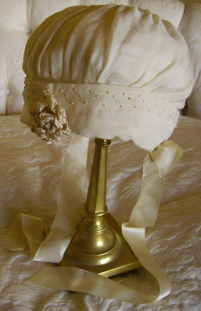 Beautiful 1920's Cream Silk Baby Bonnet