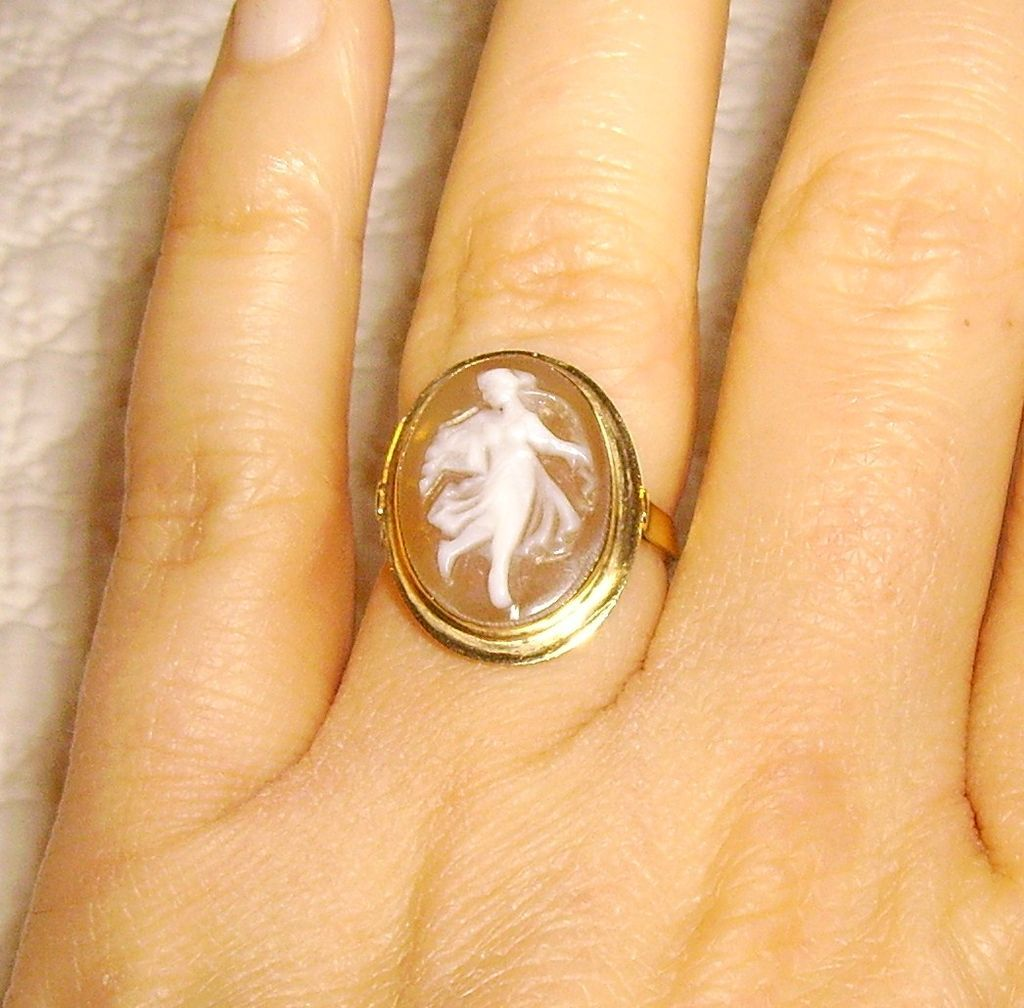 14k Gold Italian Shell Cameo Ring Size 6 From