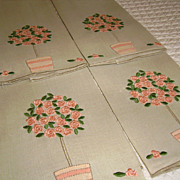 Set of 4 Marghab Rose Tree Madeira Linen Fingertip Towels