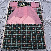 Fun Vintage Floral Apron With Matching Napkins