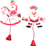 Fun Plastic Pull String Christmas Santa Pin Set