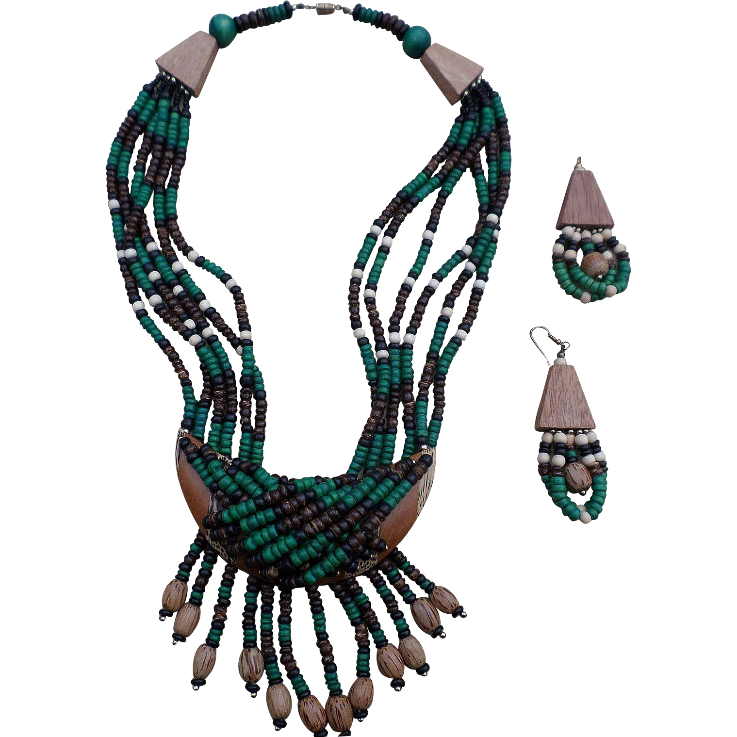 Quality Handmade Wooden Earthy Design Necklace Set