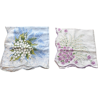 Scalloped Lilly of the Valley Flower Hankerchief Set