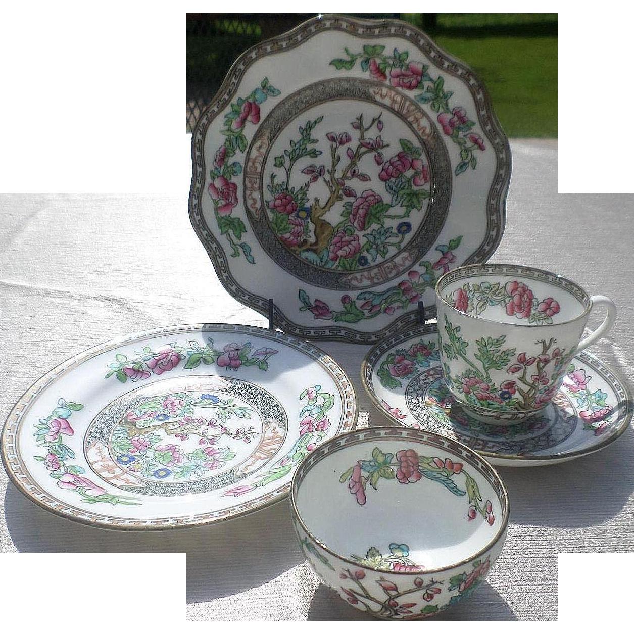 England Coalport Indian Tree Porcelain Set