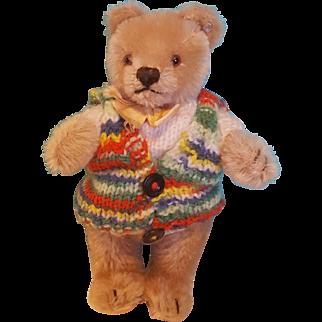 """Darling Vintage 7.5"""" Steiff Bear in Knit Sweater"""