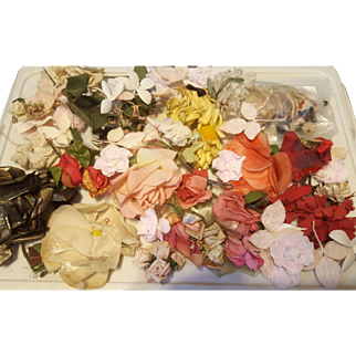 Lot of Vintage Millinery Flowers - Medium to Large