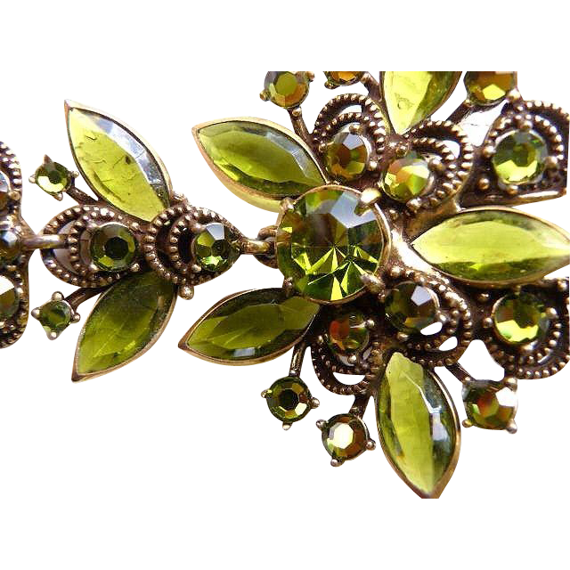 WEISS olive green faux gold RS brooch set