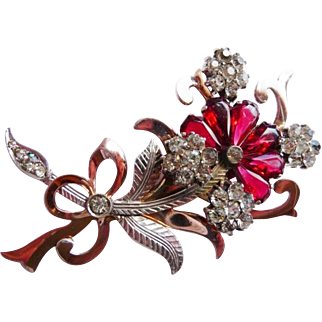 Unsigned 1940s sterling floral brooch pin