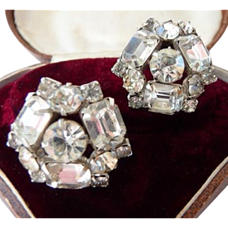 Rhinestone clip earrings unsigned