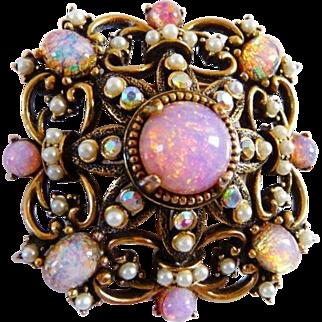 vintage Hollycraft Renaissance Revival brooch pin