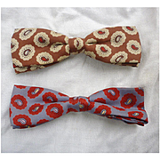 Pair of Paisley Bow Ties Ormond Vintage 1950s