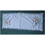 Embroidered Tulips Crochet Lace Edging Runner
