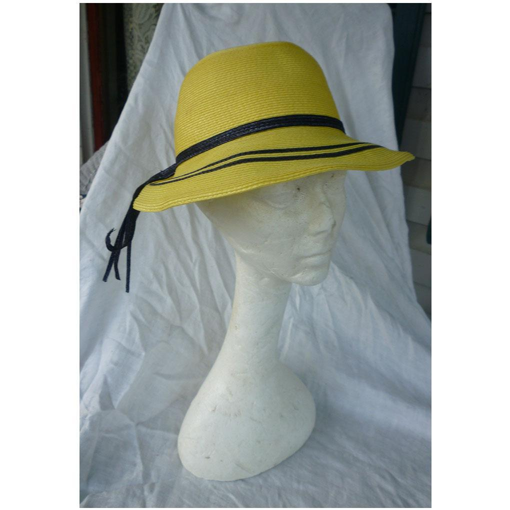 Jaunty Junior Seasons Yellow and Black Hat