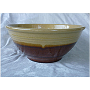 "Yelloware Brown Bottom 9"" Mixing Bowl"
