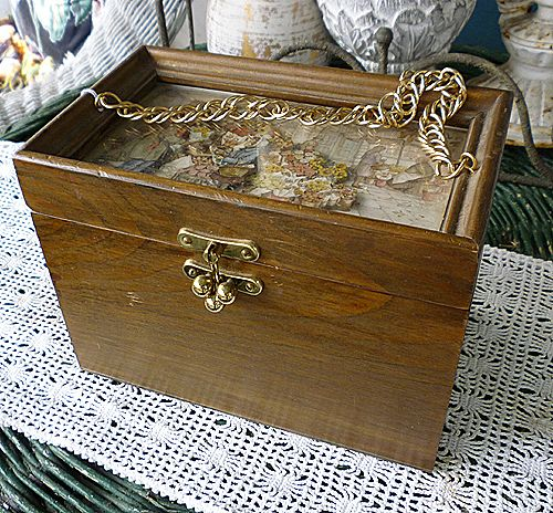 Anton Pieck Dutch Flower Market 3 D Decoupage Wooden Purse