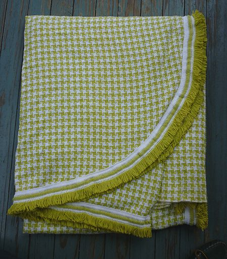 Handsome Houndstooth Check Yellow Green White Morgan Jones Bedspread
