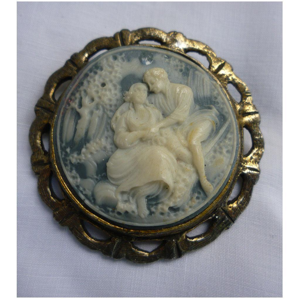 Romantic Couple Lovers in Garden Cameo Brooch