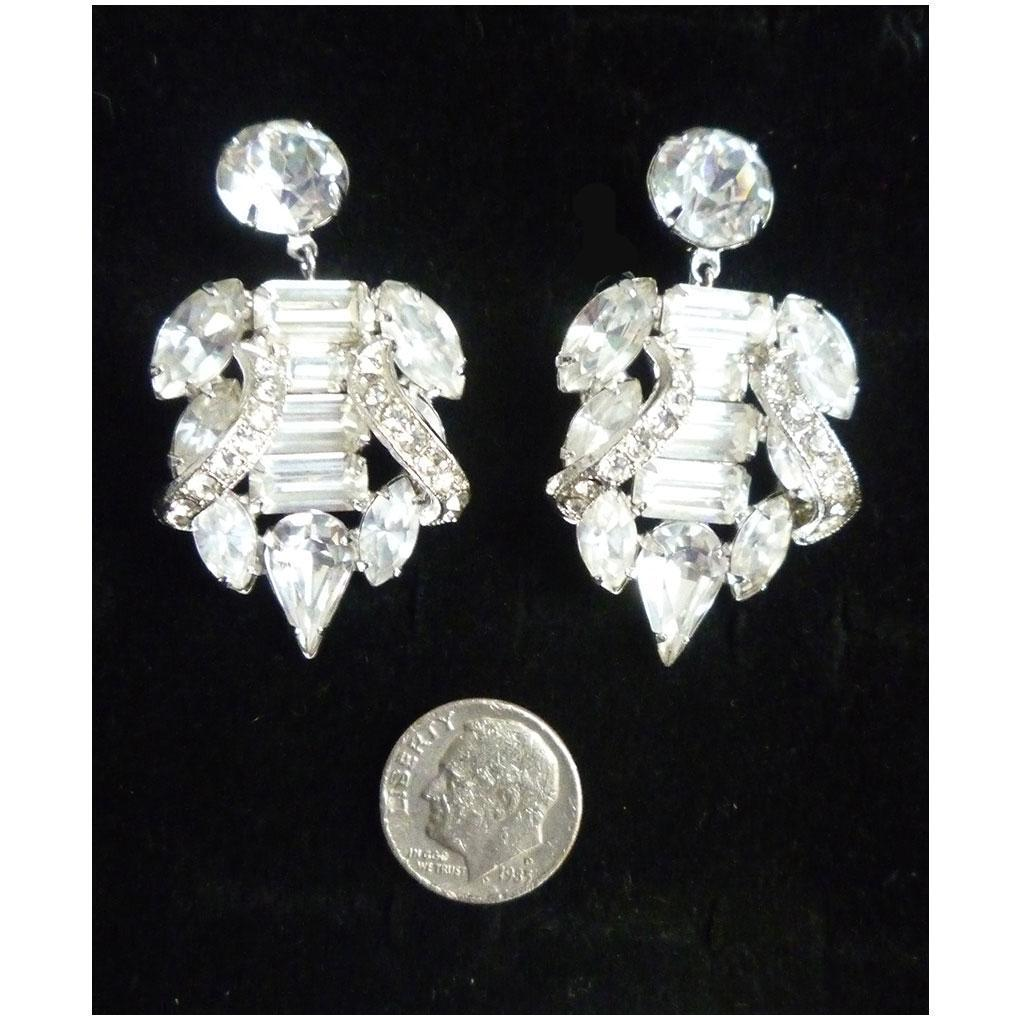 Elegant Elaborate Eisenberg Clear Rhinestone Chandelier Dangle Earrings