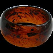 Deep Rootbeer Swirl Lucite Chunky Bangle Bracelet