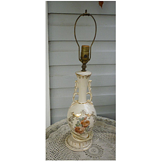 Shell Pink Roses Ceramic Table Lamp with Ornate Gold Trim