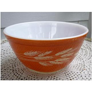 Pyrex Autumn Harvest Pattern Rust Brown Beaded Edge Mixing Bowl 402