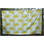 Large Vera Neumann White Daisies Yellow Black-eyed Susans Print Tablecloth