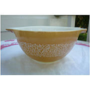 Pyrex Woodland Pattern 1 1/2 Pint Cinderella Mixing Bowl 441